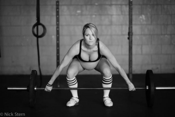 pregnant-weightlifting-women-600x401
